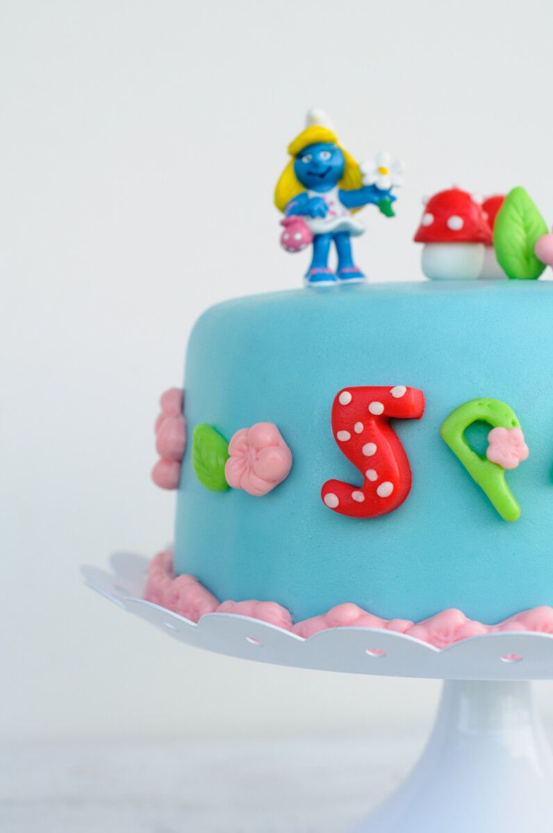 smurfs cake schlumpf torte
