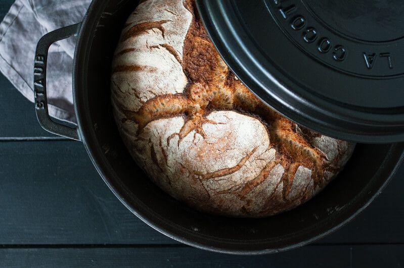 cocotte brot kartoffelbrot no knead bread trickytine