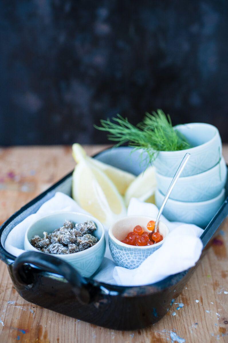 ofenkartoffelsalat mit wildlachs meerrettich creme dill