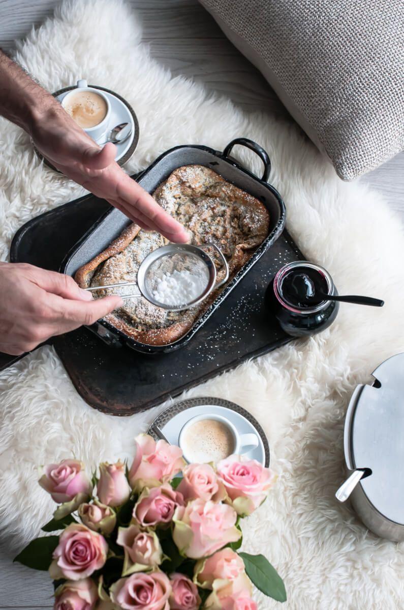 mohn ofen pfannkuchen mit holunderbeerengelee