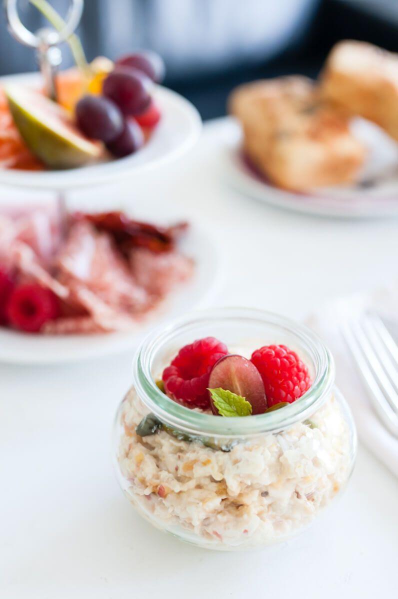 trickytine frühstück ei im glas bircher müsli dinkelbrötchen