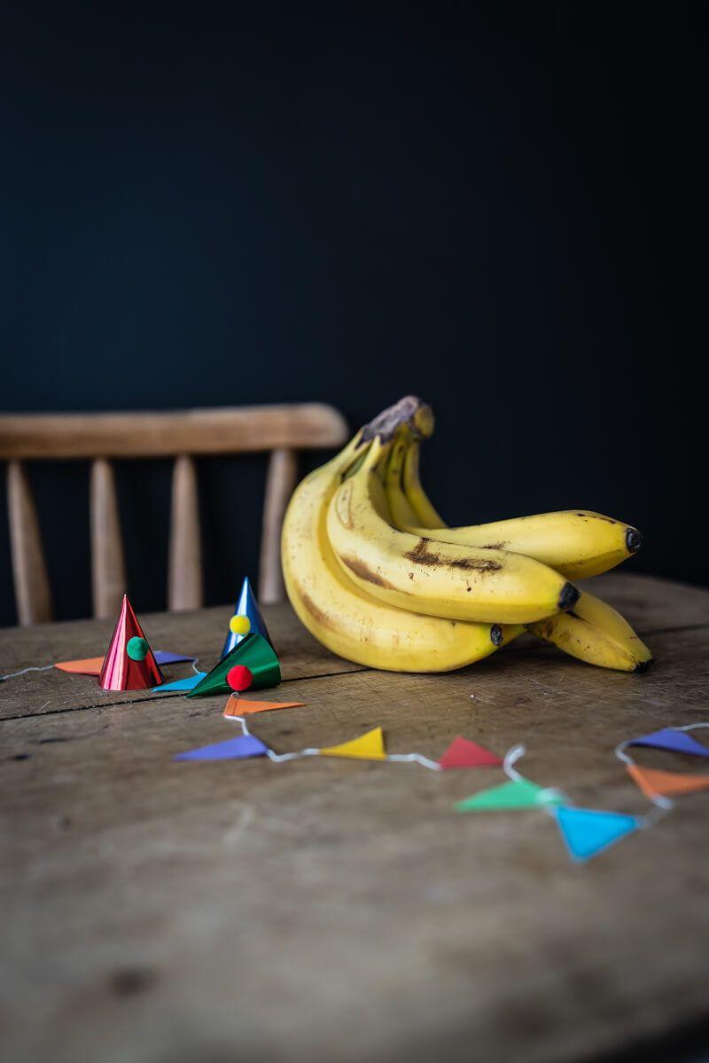 bananenbrot schokoguss kindergeburtstag kuchen trickytine