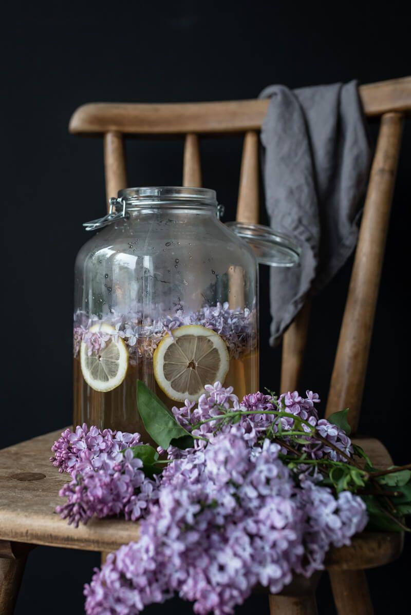 fliedersirup trickytine lilac syrup