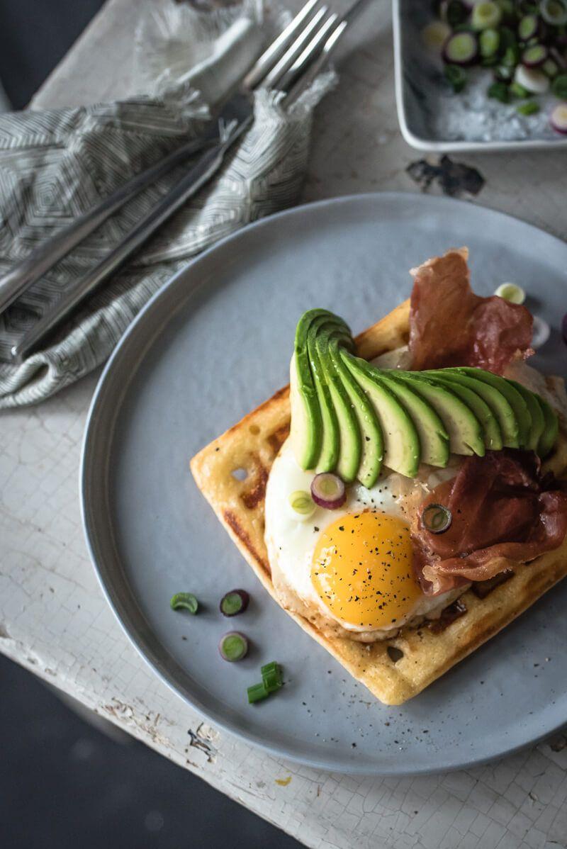 5 Wochenplan Frühstücks-Rezepte, Parmesan Waffeln