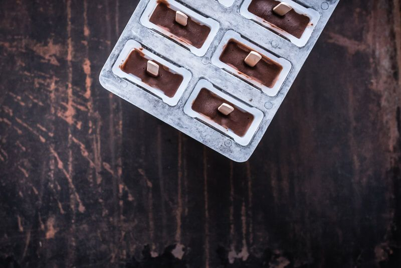 vegane schokoladen popsicles eis am stiel trickytine
