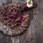 black forest galette trickytine portweinkirschen frittierter salbei