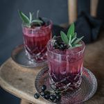 Cassis Kiss Gin Tonic trickytine
