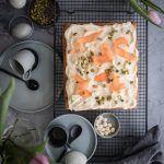 carrot cake blondies trickytine