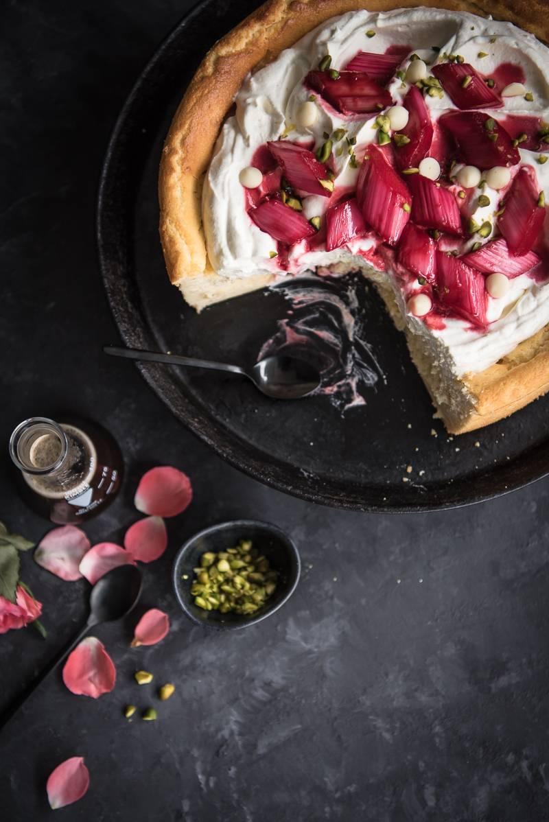 White Chocolate Cheesecake ohne Boden Rhabarber Ragout trickytine