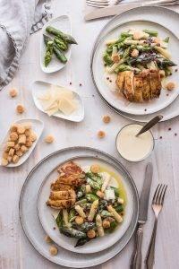 Caesar Spargelsalat Maispoularde trickytine Foodblog Stuttgart