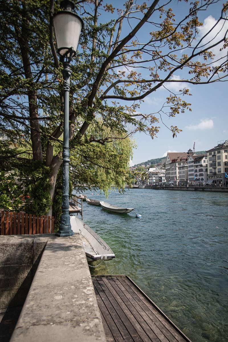 Zürich Reisetipps trickytine Sommer Limmat Altstadt