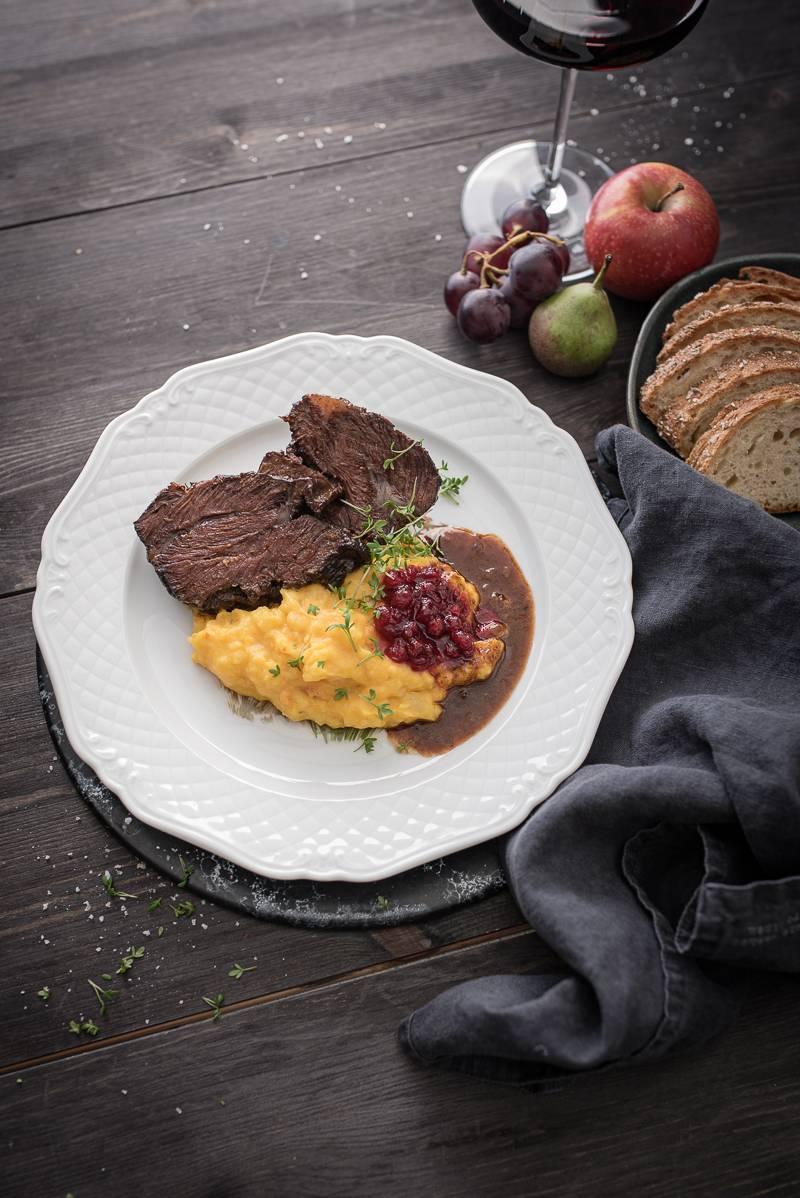 Geschmorte Ochsenbäckchen in Lembergersoße mit Hokkaido-Kartoffelstampf – butterzart und gelingsicher!