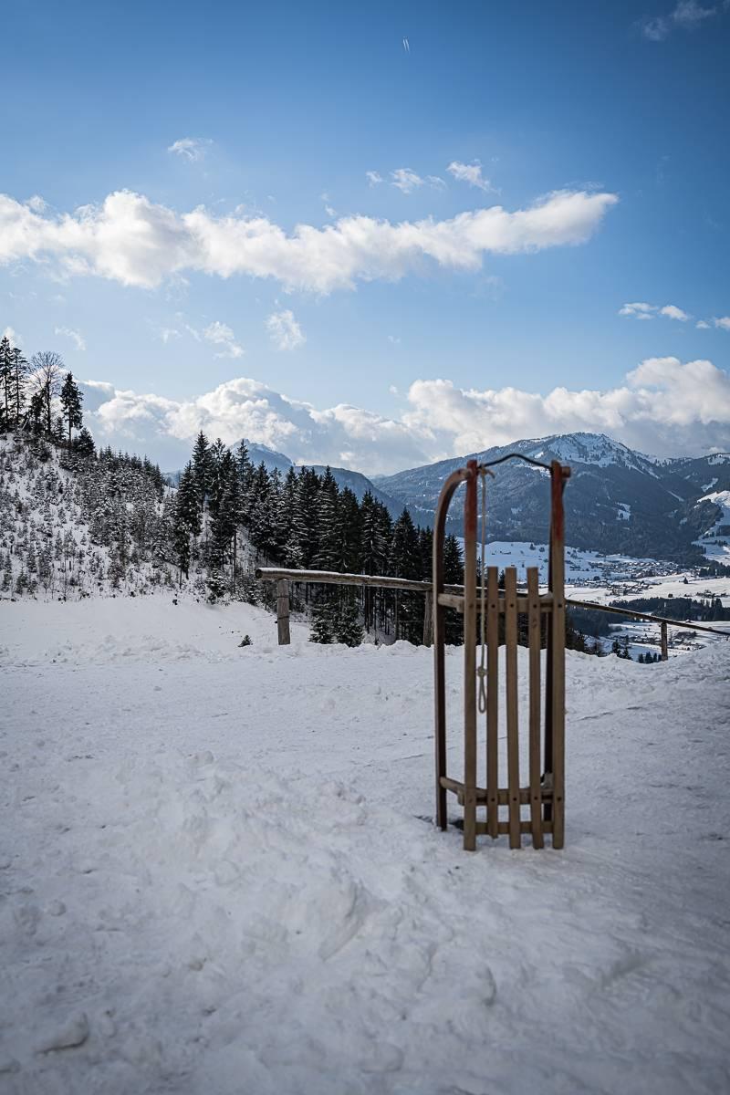 Oberstdorf trickytine Wanderung Gaisalpe Winter Rodeln