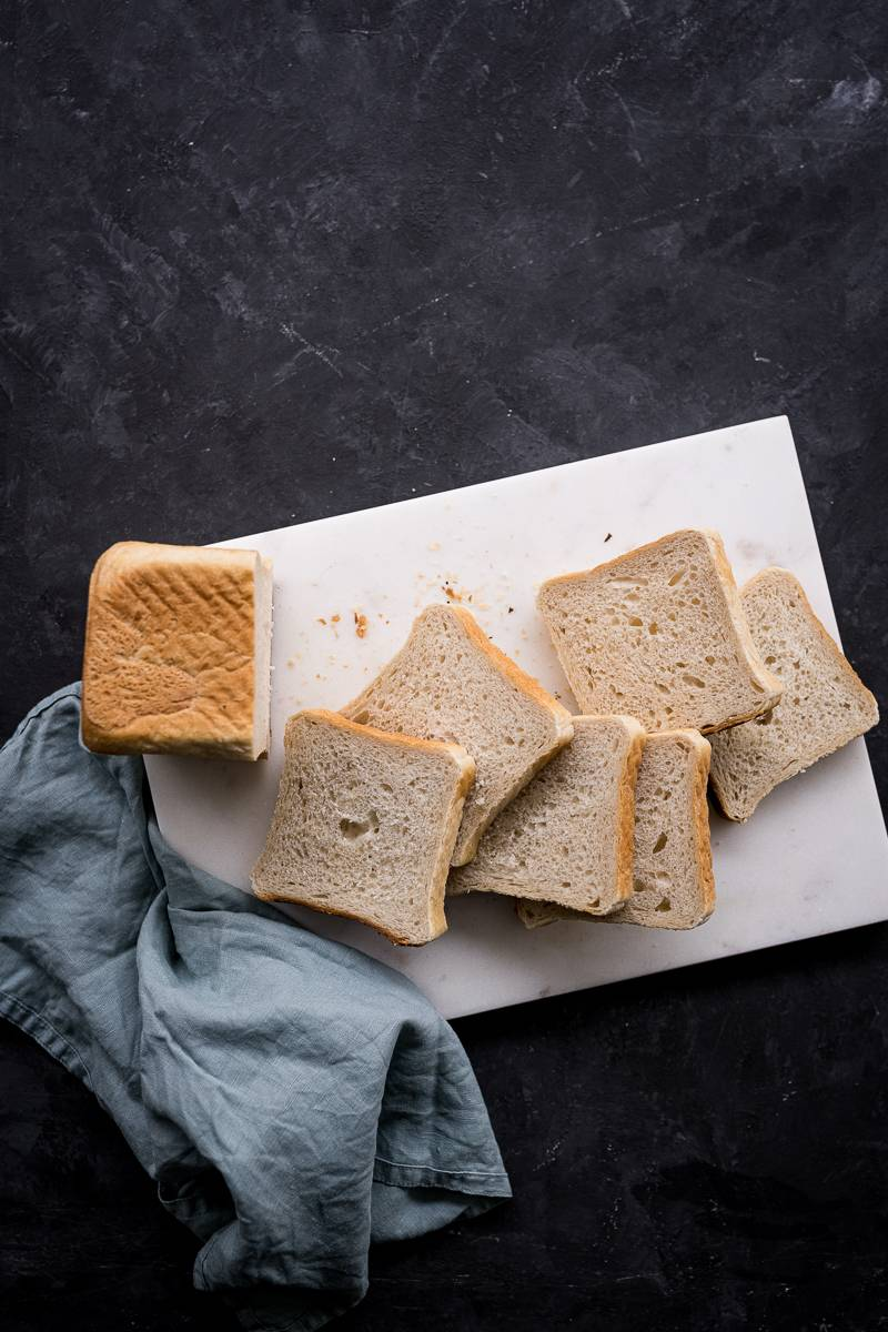 Eierlikör French Toast Rezept mit Blaubeer-Rosmarin Soße – super köstlich!