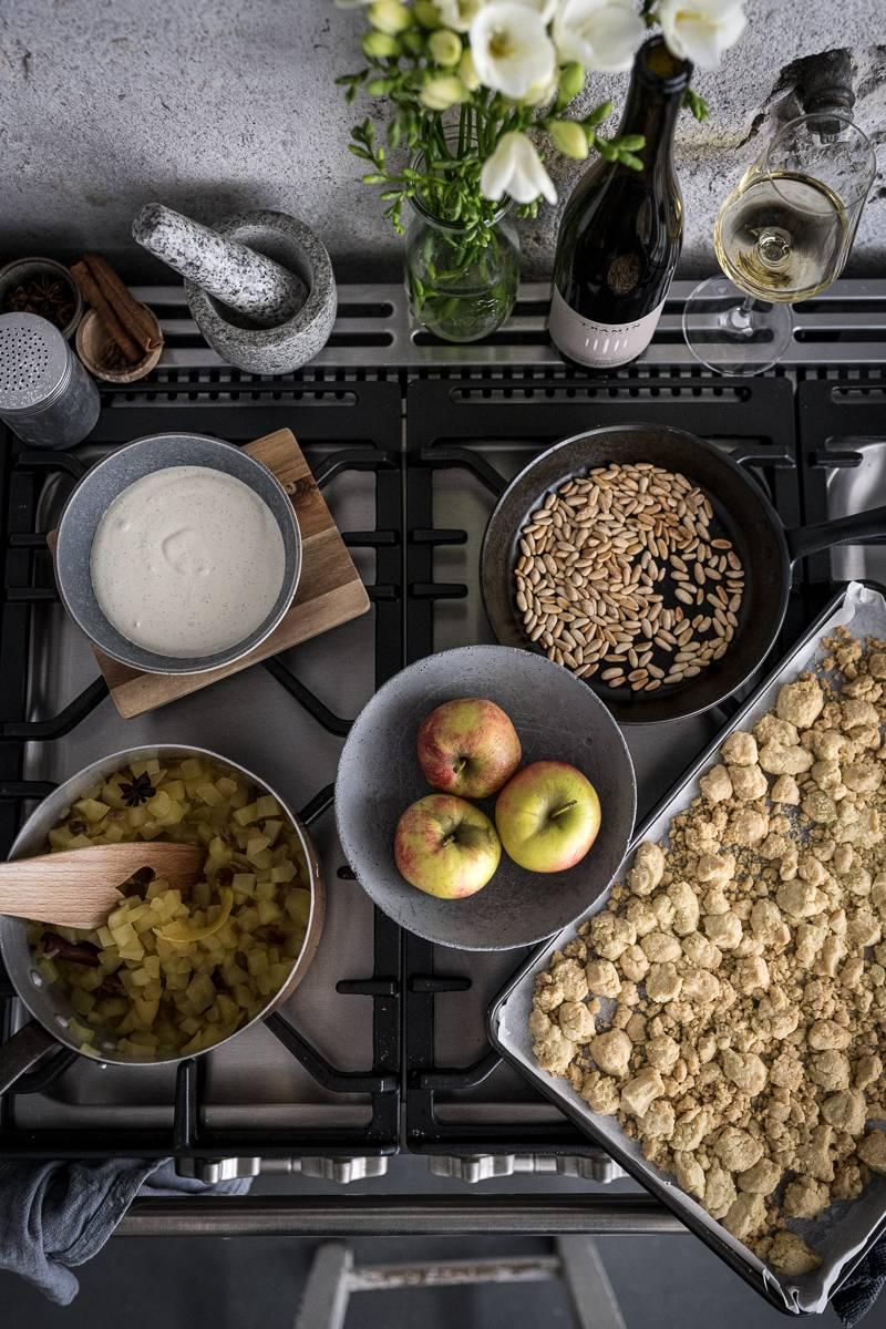 Südtiroler Apfelstrudel Dessert im Glas – köstliches Nachtisch Rezept!