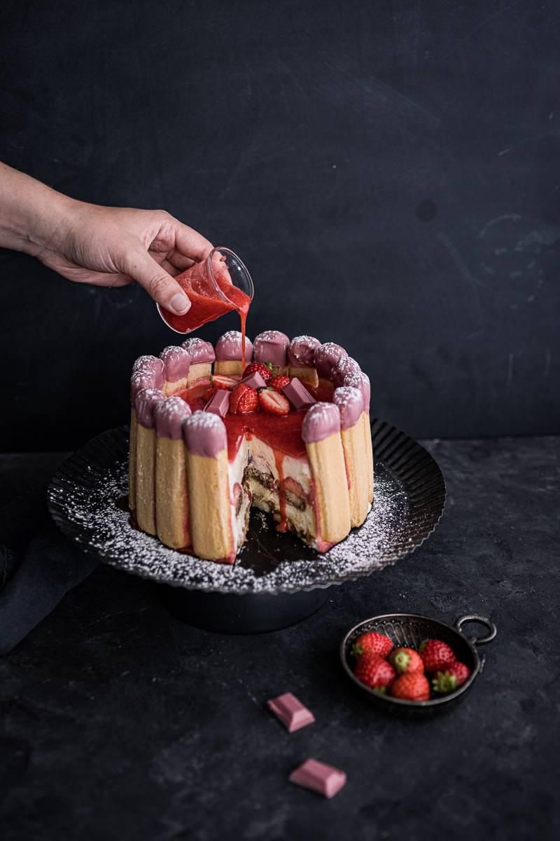 Rezept für Tiramisu Charlotte mit Erdbeeren - einfach gemacht und so köstlich! - trickytine