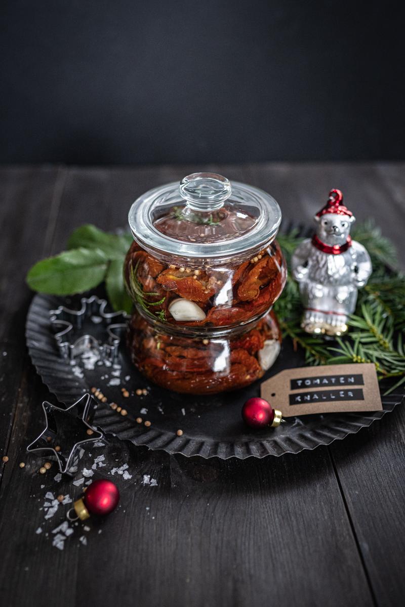 Geschenke aus der Küche Eingelegte Tomaten trickytine Advent Weihnachten trickytine