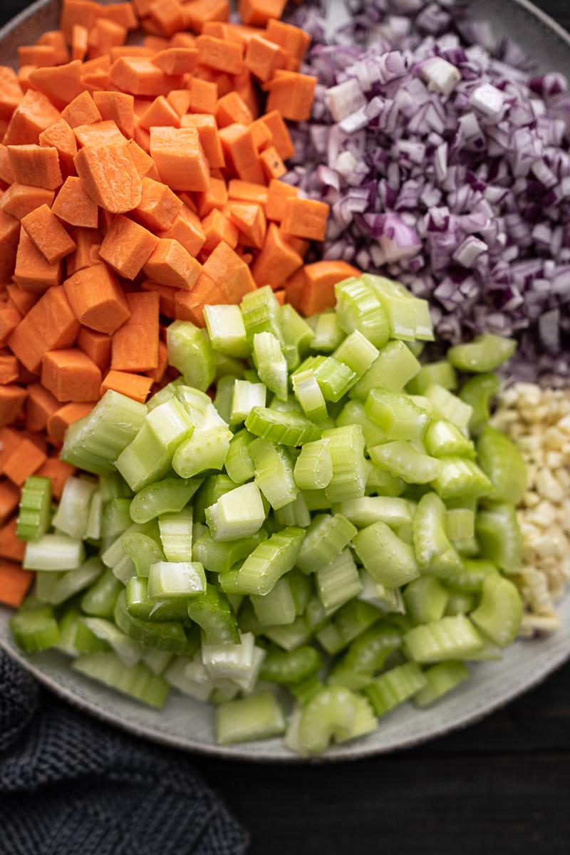 Kichererbsen Eintopf vegan und mit Chorizo trickytine Rezept