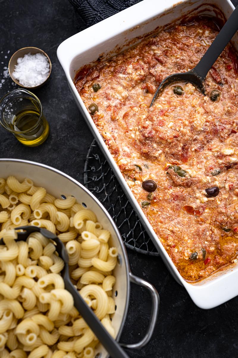 Feta-Pasta Rezept Kapern Oliven trickytine
