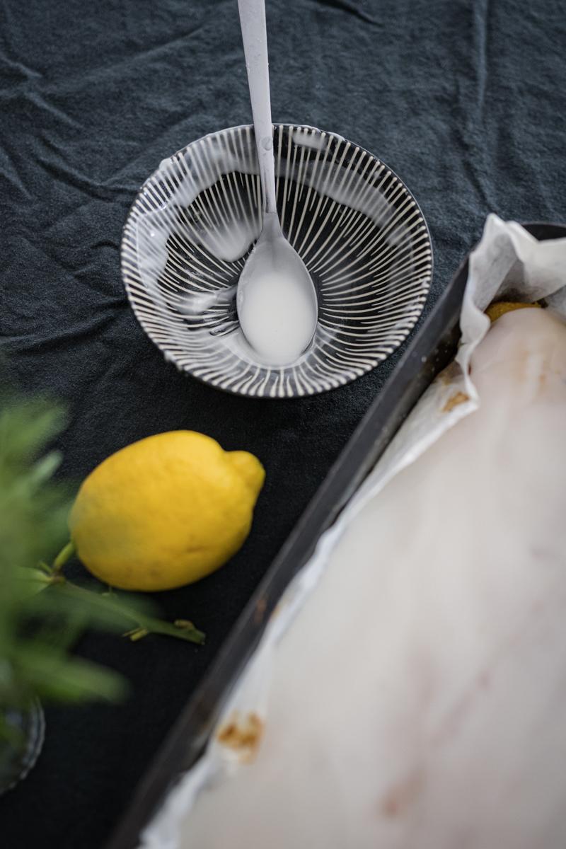 Zitronen-Polenta-Kuchen Rosmarin Rezept trickytine