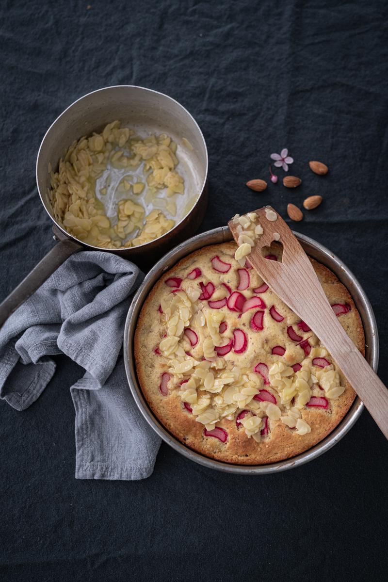 Rhabarber-Mandel-Kuchen Rezept trickytine