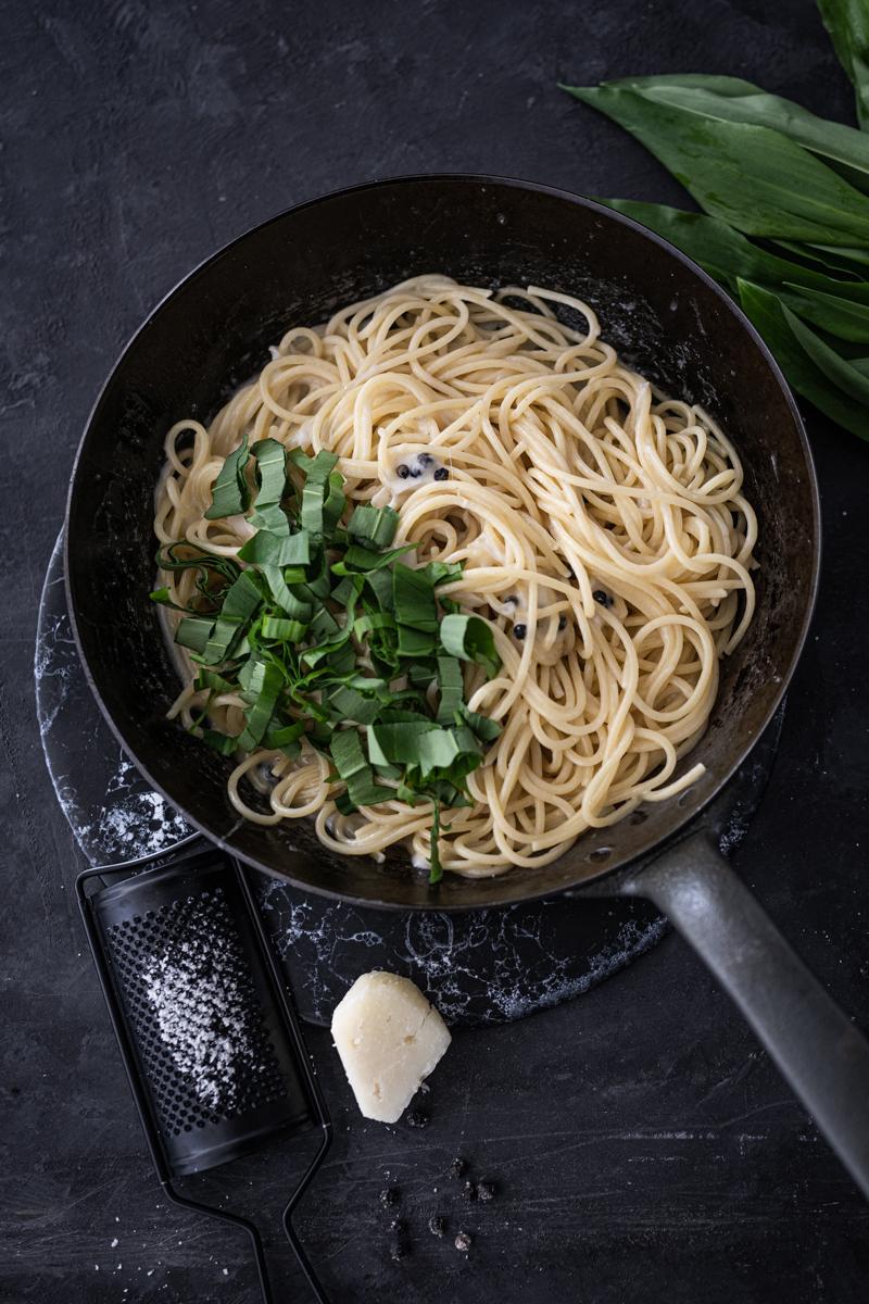 Spaghetti Cacio e Pepe Bärlauch Rezept trickytine